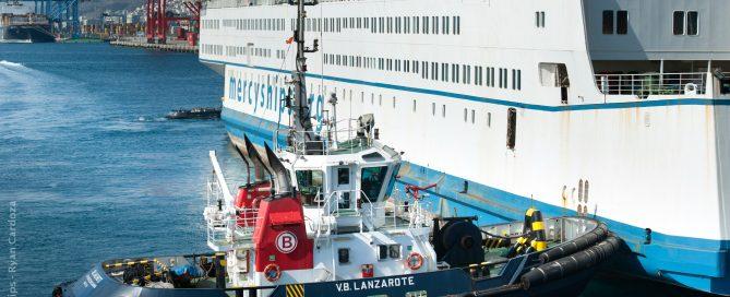 VB Lanzarote asistiendo Africa Mercy
