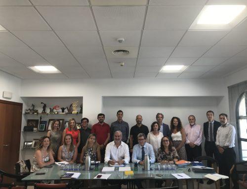 Aportem, dont Boluda est l'un des membres fondateurs, se consacre à la création d'une école pour enfants à ressources limitées dans le district maritime de Valence