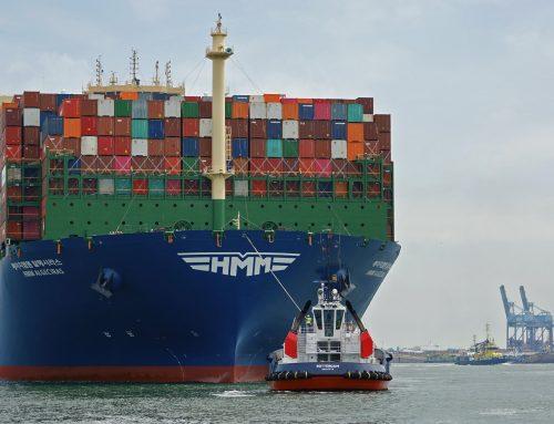 Boluda Towage Europe asiste al buque más grande del mundo